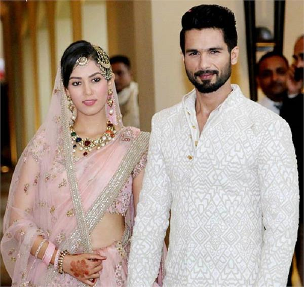 बॉलीवुड के फेमस सेलिब्रिटीज की शादी की तस्वीरें, आप भी एक बार जरूर देखें