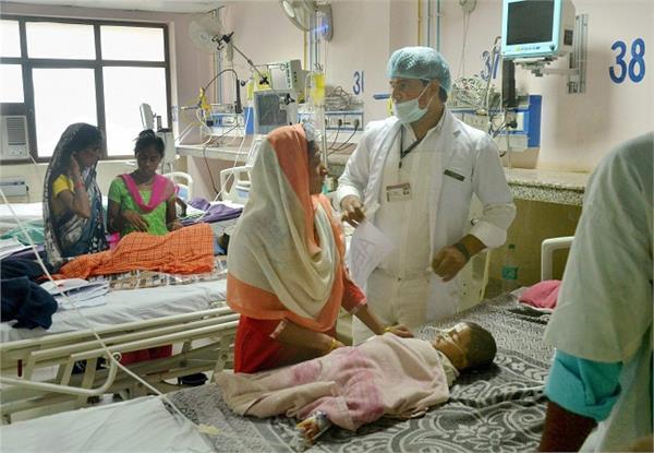 CM के गढ़ में मस्तिष्क ज्वर से 8 और बच्चों की मौत, मरने वालों की संख्या 330 हुई