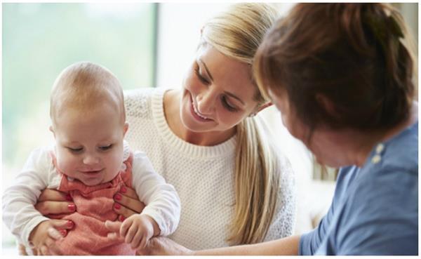 सर्दियाें में इन 10 तरीकाें से रखें अपने बच्चे की सेहत ख्याल