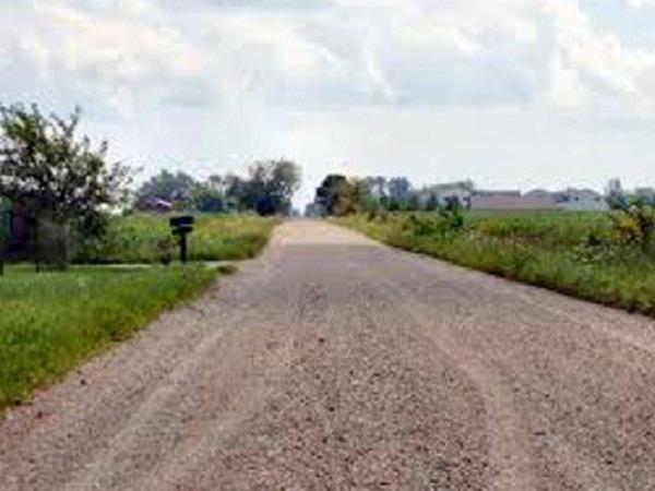 रोजाना 5 किलोमीटर पैदल चलने को मजबूर है यहां के लोग, ये है वजह