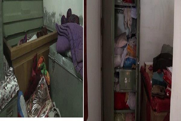 महीने में लूट की तीसरी वारदात, हथियारबंद युवकों ने 4 घरों को बनाया निशाना
