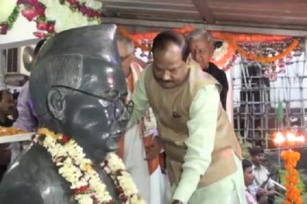 CM ने बिहार के पहले मुख्यमंत्री श्रीकृष्ण सिंह को दी श्रद्धांजलि