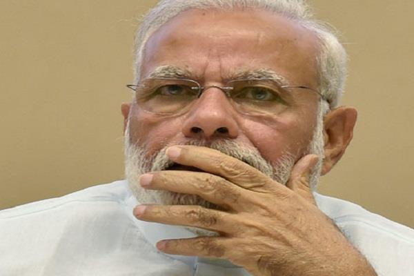 गुजरात चुनाव-56 इंच नहीं, परियोजनाओं के लॉलीपॉप के भरोसे बीजेपी