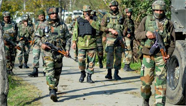 उत्तरी कश्मीर में सुरक्षाबलों के गश्ती दल पर पत्थराव और झड़पें