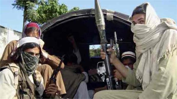 पाक ने आतंकवाद को लेकर घुटने टेके, अमरीका का साथ देने को तैयार