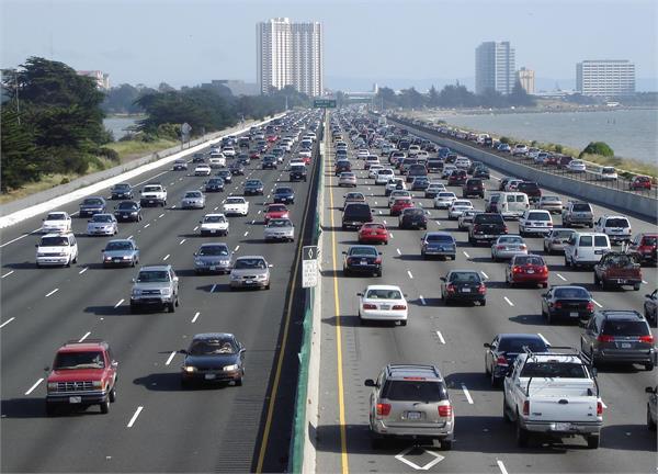 दिल्लीः इलैक्ट्रिक वाहनों को चार्ज करने के लिए देना होगा इतना शुल्क