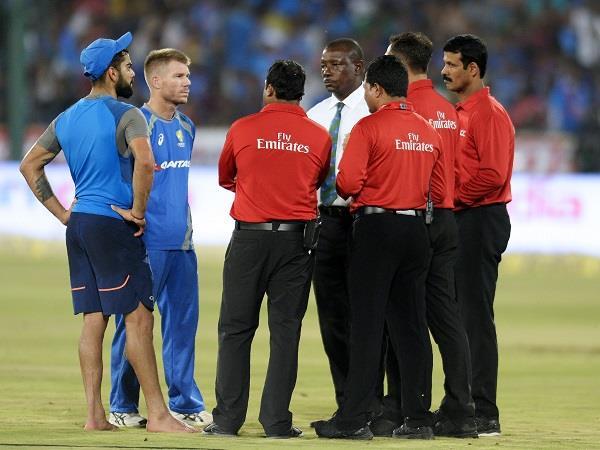 INDvsAUS: मैदान गीला होने के कारण तीसरा T-20 मैच रद्द, सीरीज 1-1 से बराबर