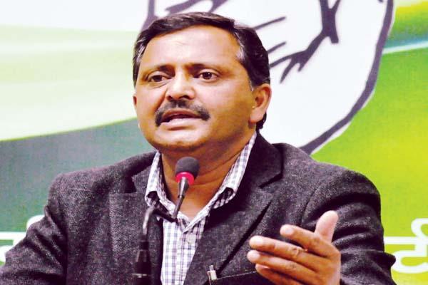 कांग्रेस ने भाजपा पर साधा निशाना, कहा-हिमाचल ऑन सेल को नहीं भूली जनता