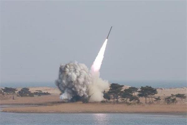 उत्तर कोरिया ने किया 'बैलिस्टिक मिसाइल' टेस्ट, ट्रंप बोले- देख लेंगे