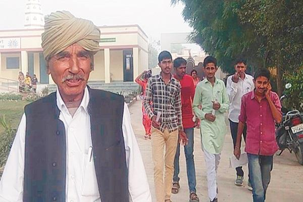 पढऩे की कोई उम्र नहीं, 70 वर्ष के लिच्छी राम व 55 वर्षीय द्रोपदी ने दी 10वीं की परीक्षा
