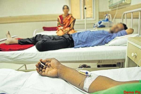 हिमाचल के इस गांव में एक साथ बीमार पड़े 17 लोग, मचा हड़कंप