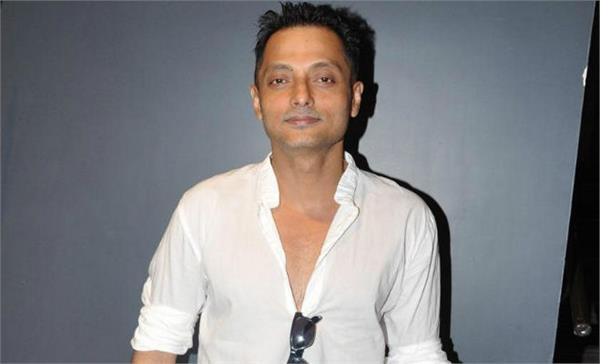 director sujoy ghosh resigns from jury chief in 48th international film festival