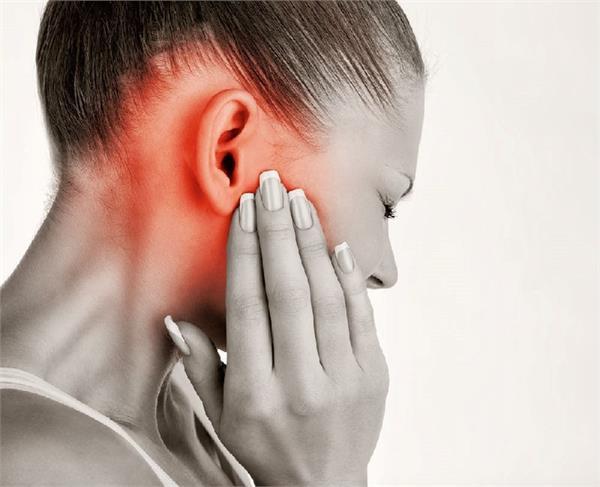 कान इंफेक्शन को चुटकियों में दूर करेंगे ये आसान घरेलू उपाय