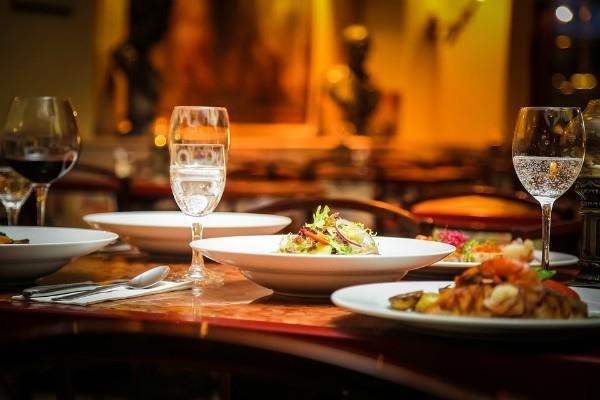 आज से लागू होंगी GST की नई दरें, रेस्तरां में खाना सहित कई चीजें होंगी सस्ती