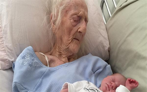 101 साल की उम्र में इस महिला ने किया ये काम, दिया 17वें बच्चे को जन्म