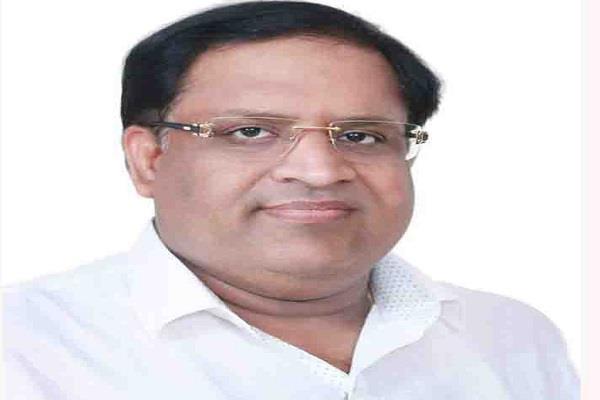 स्मॉग मुद्दे पर राजनीति कर रहे हैं केजरीवाल: गोयल