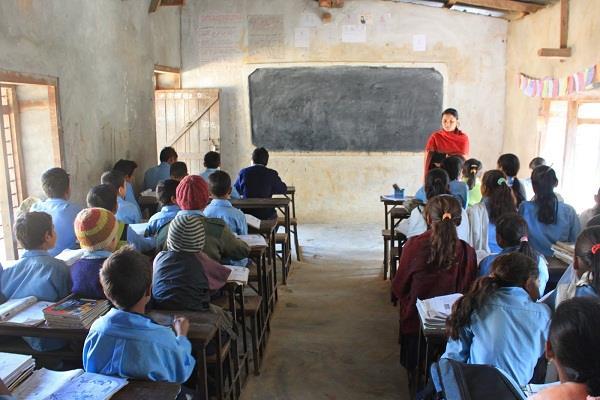 शिक्षा विभाग ने स्कूलों को दिए निर्देश, अब स्टूडैंट से नहीं करवाया जाएगा यह काम