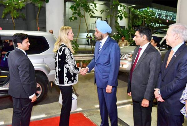 भारत पहुंची इंवाका ट्रंप, PM मोदी के साथ आज करेंगी डिनर