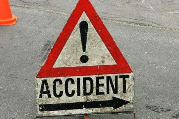 टैम्पो चालक ने सड़क पार कर रहे व्यक्ति को कुचला, मौत