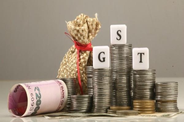 भविष्य में कम होंगे GST के स्लैब : सुब्रह्मण्यन