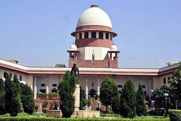 दिल्ली में प्रदूषण पर उच्चतम न्यायालय सख्त: केन्द्र, पंजाब सहित 4 राज्यों को नोटिस