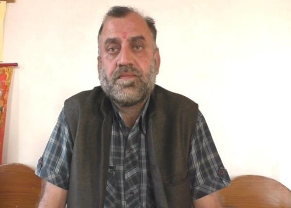 आजाद प्रत्याशी प्रवीन का खुलासा, 2012 के चुनाव में मुझे हराने वाले इंदु के सबसे बड़े बने प्रचारक