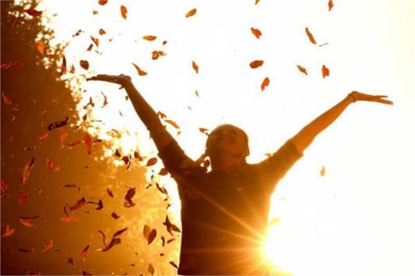 सकारात्मक सोच से बढ़ाए आत्मविश्वास, संवर जाएेगा जीवन