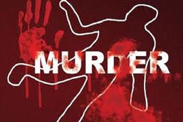 तेजधार दातर से वृद्धा की निर्मम हत्या,जांच में जुटी पुलिस