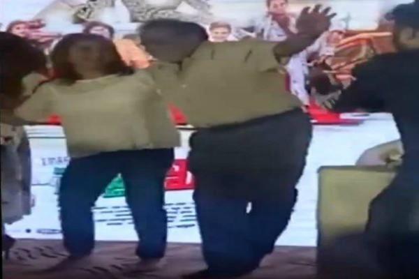 विधानसभा सत्र छोड़ यहां डांस करते दिखे कांग्रेस विधायक