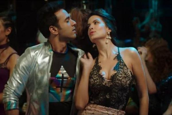 first song of fukrey returnes