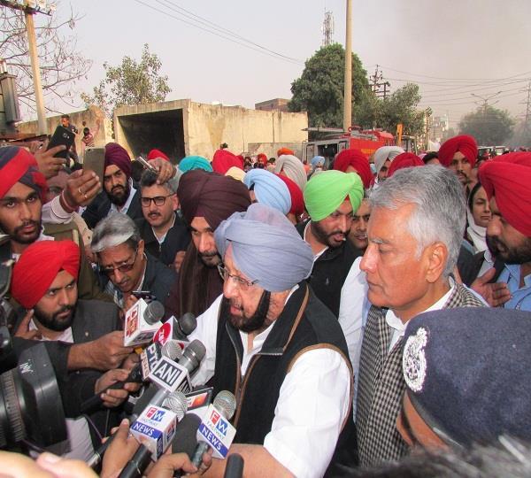 लुधियाना हादसाः CM ने कबूली फायर ब्रिगेड की खामियां