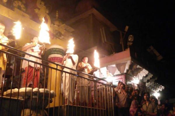 देव दीपावली: 31 हजार दीपकों की रोशनी से जगमगाएगा मथुरा