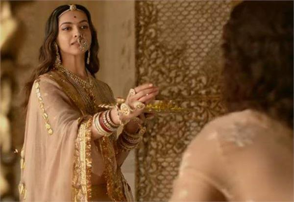 deepika  padmavati will be released in karnataka  ban in mp