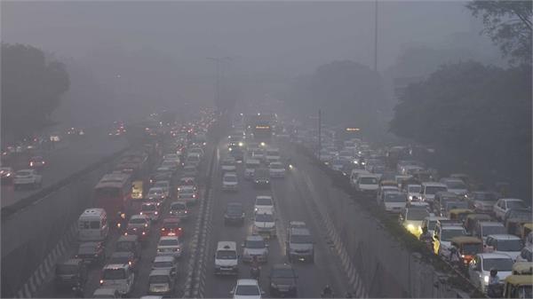 EPCA की सलाह, जब प्रदूषण बढ़े तो डीजल वाहनों पर लगे रोक
