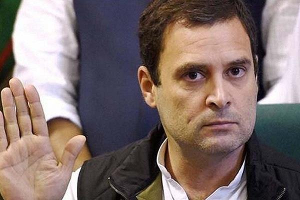 प्रचार के दौरान राहुल ने देखा जादू, पीएम मोदी पर किया बयान 'वार'