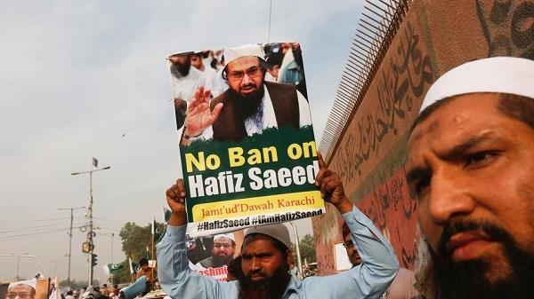 पाकिस्तान में टी.वी.चैनलों के प्रसारण पर रोक