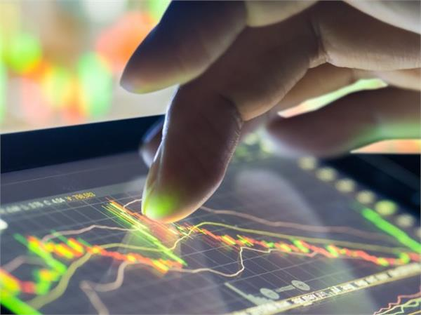 7 शीर्ष कंपनियों का बाजार पूंजीकरण 54,174 करोड़ रुपए बढ़ा
