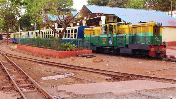 चंडीगढ़ : 61 साल पुरानी टॉय ट्रेन सुरंग में कैद, आज़ादी के लिए प्रशासन की पहल की देर