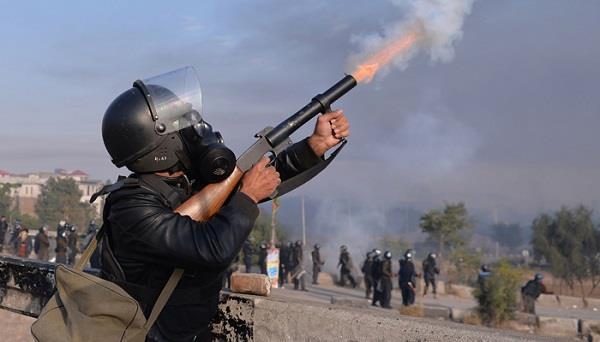 पाक में भड़की हिंसा; प्रदर्शनकारियों-सुरक्षा बलों में संघर्ष दौरान 1 की मौत,  170 घायल