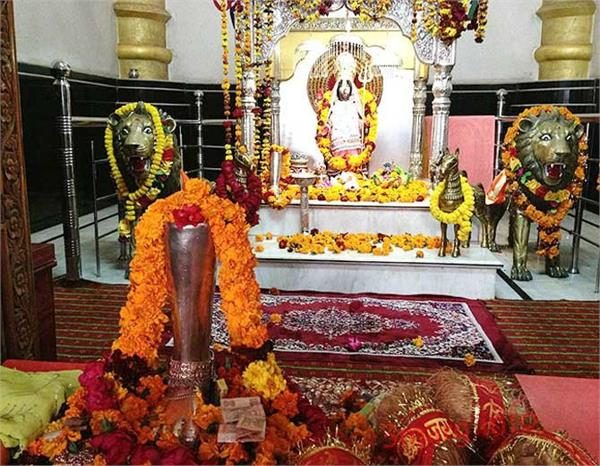 देवी सती का जहां गिरा था दायां पैर, वहीं हुआ था श्रीकृष्ण का मुंडन