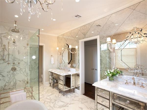 बाथरूम को भी स्टाइलिश बना देंगे इंटीरियर के ये यूनिक Ideas