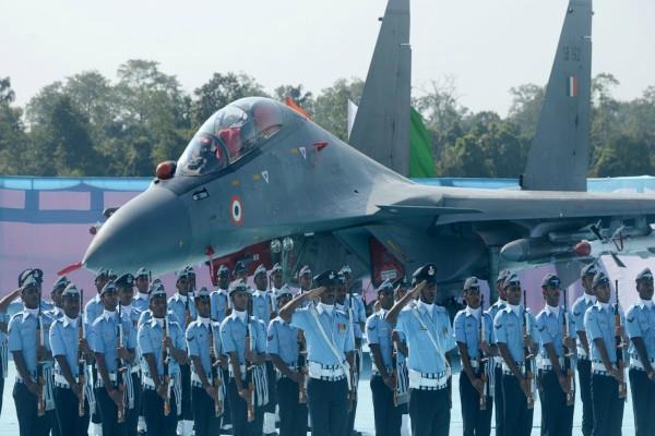 भारतीय वायु सेना में निकली है 10वीं पास 100 से ज्यादा जॉब्स, जल्द करें आवेदन