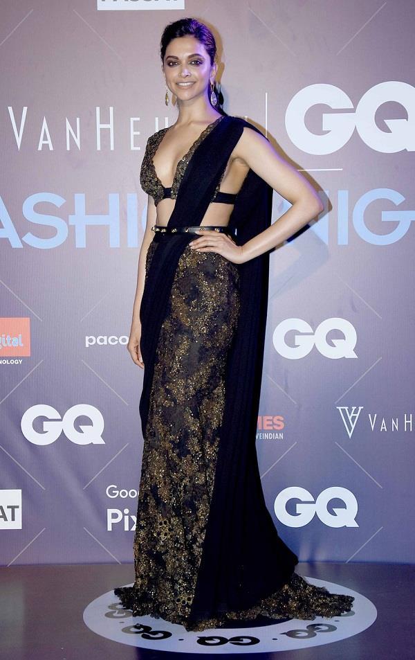 GQ Fashion Night: सब्यसाची के आउटफिट में बोल्ड अंदाज में दिखीं Deepika