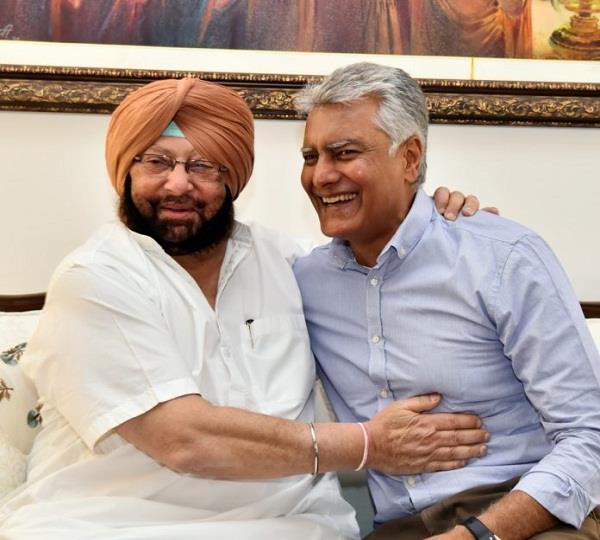 मुख्यमंत्री व जाखड़ ने बैठक कर कार्पोरेशन चुनावों को लेकर बनाई रणनीति