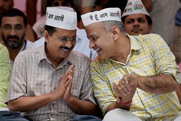 बागियों से दोस्ती का हाथ बढ़ा रही AAP