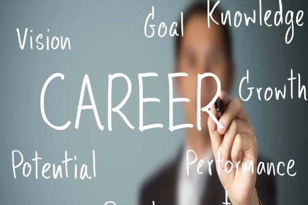 बेहतरीन करियर पाने के लिए रखें इन बातों का रखें ध्यान