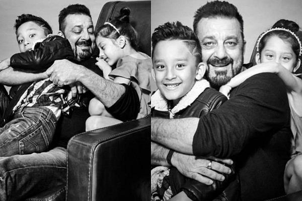 sanjay dutt first photoshoot with his twins iqra and shahraan