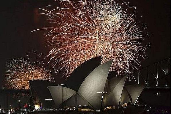 आस्ट्रेलिया पुलिस ने नए साल के जश्न के मौके पर आतंकवादी हमले की साजिश विफल की