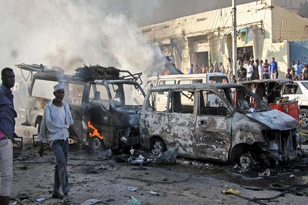 सीरियाई बाजार पर हमले में मरने वालों की संख्या 61 हुई