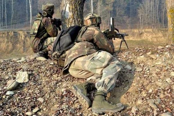 जम्मू-कश्मीर के बडगाम में हथियारों समेत 3 आतंकी काबू